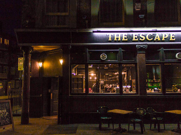 Escape Bar West