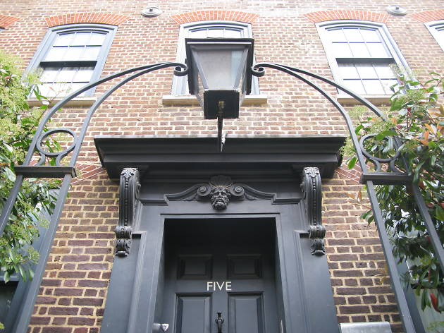 Spitalfields Walk and Huguenot House Experience