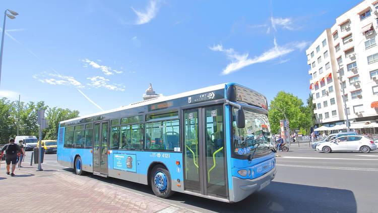 Autobús Moncloa Madrid EMT