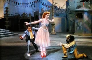 Os Sapatos Vermelhos (1948)