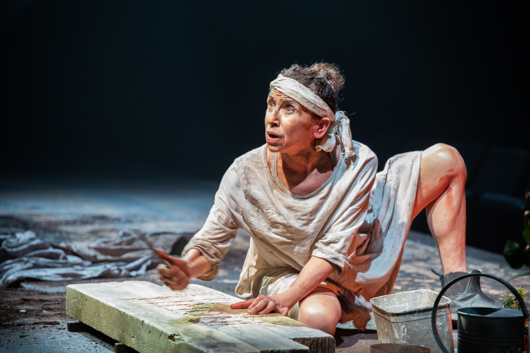 Kathryn Hunter in Timon of Athens