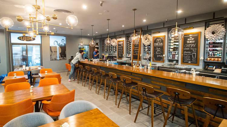 Vroman's Bookstore Wine Bar in Pasadena