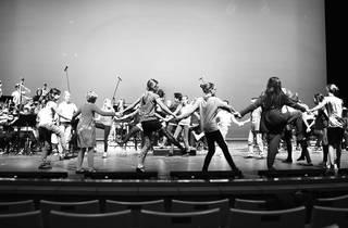 Leipzig & Barış İçin Müzik Orkestrası ve Korosu