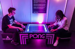 Supernormal Pong