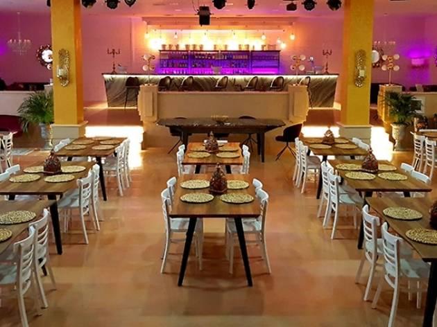 Omnia Show Restaurant