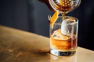 Cocktail - Hidden bars - stock