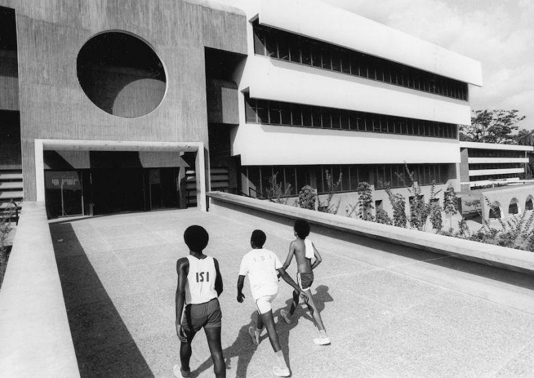 Bauhaus Imaginista: Uzaklarda. İstanbul
