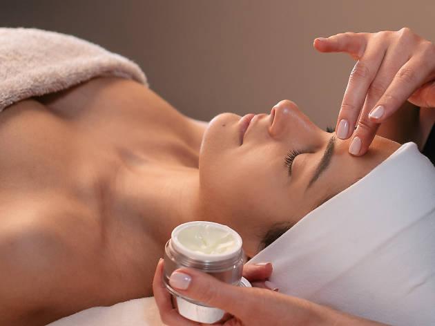 Treatment at Linda Meredith skincare, London