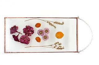 Oficina de Flores Preservadas em Vidro