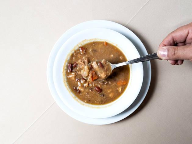 Espaço Açores - Sopa de Cozido das Furnas