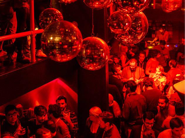 Discotecas em Lisboa. Quando cai a madrugada na cidade
