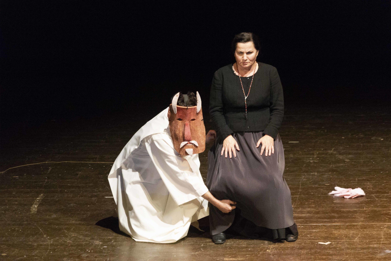 The Barefoot Widow