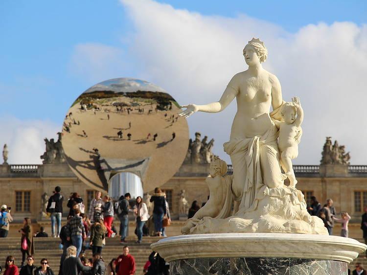 Admirer la fine fleur de l'art contemporain au château de Versailles