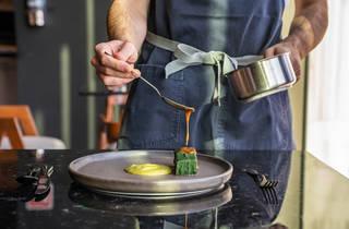 Bajel: el restaurante fine dining con laboratorio de fermentos