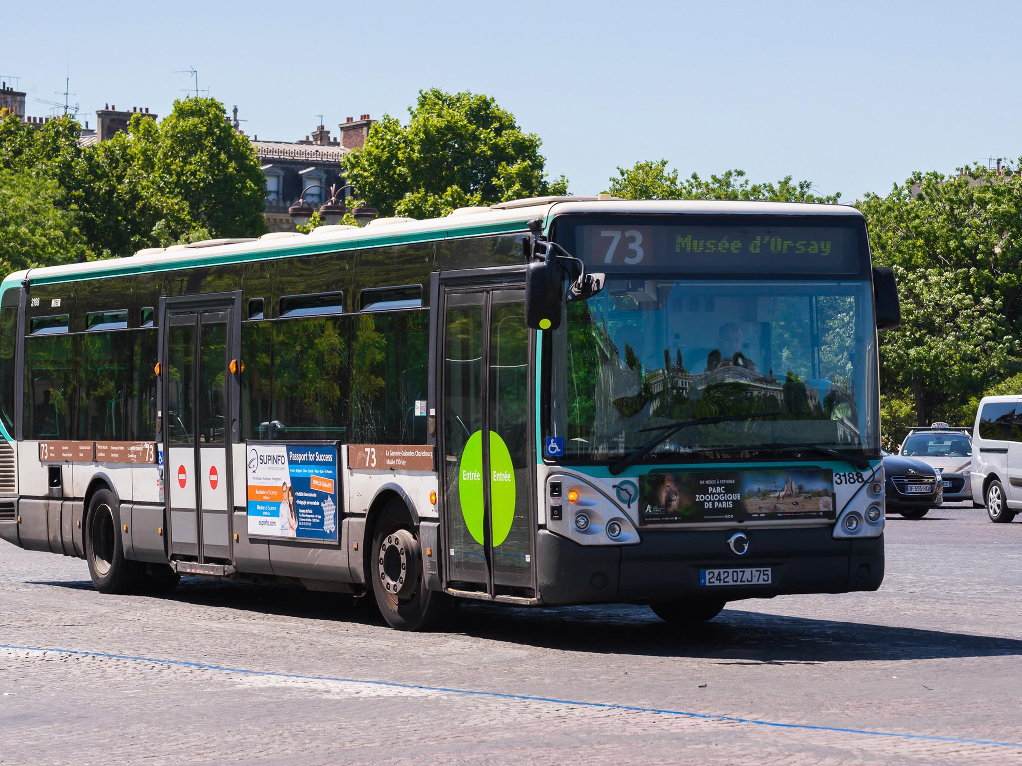 Bus in Paris