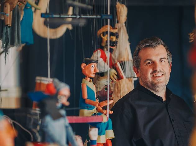 Uma exposição assinala os 20 anos de carreira de Rui Sousa, fundador das Marionetas da Feira