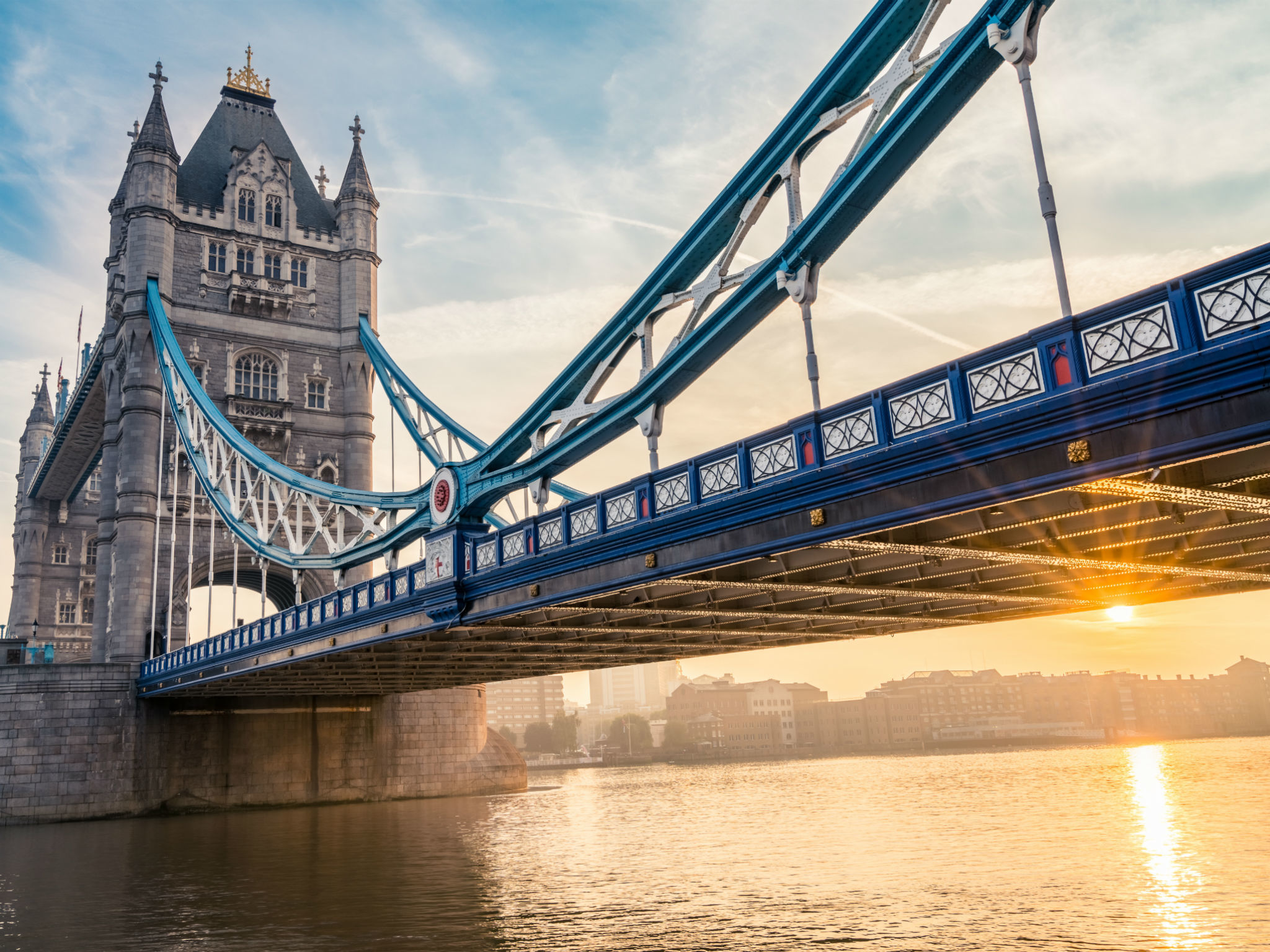 Most Googled: Why is Tower Bridge blue?