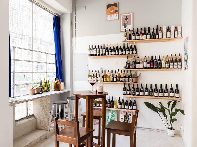 Entregas de vinho ao domicílio para que o copo nunca fique vazio