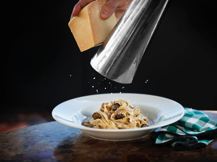 Tagliatelle al tartufo nero