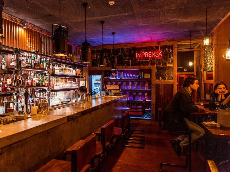 Imprensa Cocktail & Oyster Bar