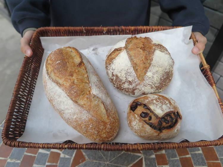Village Bakery:優質手工麵包