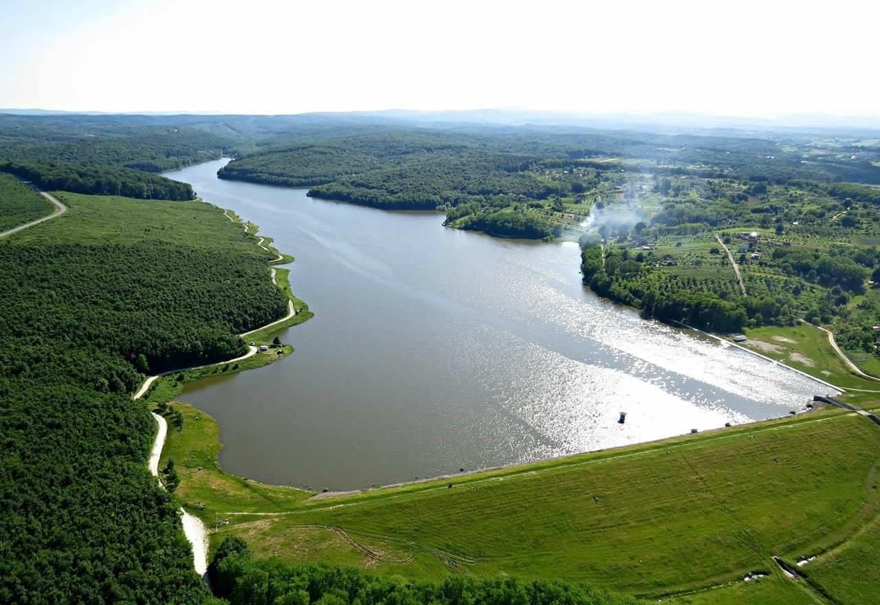 Lake Lapovac