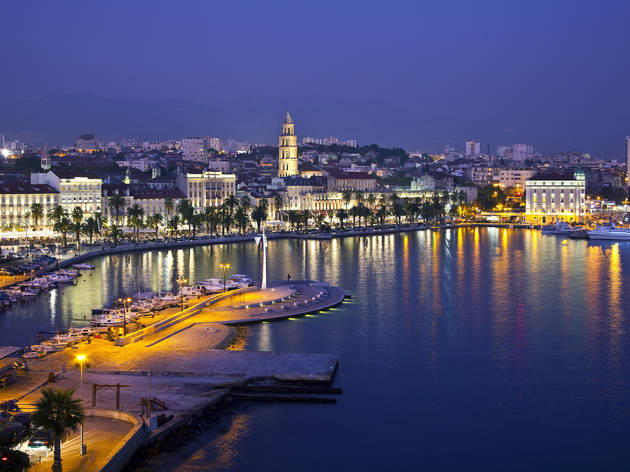 Split riviera by night