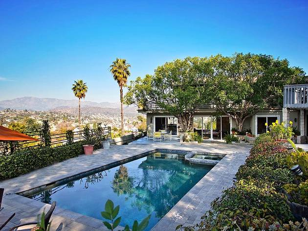 CA pool house