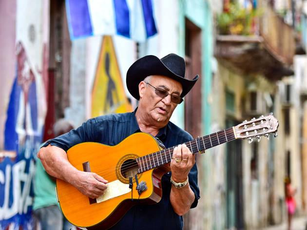 De Cuba para o mundo. Uma conversa com Eliades Ochoa