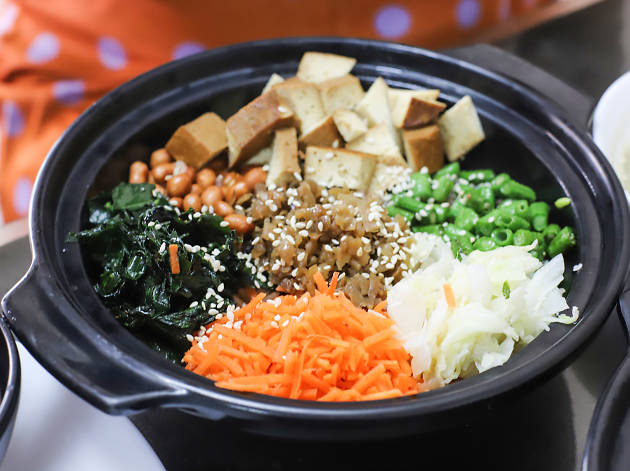 Vege Pot: homey vegetarian dishes at Fortune Centre