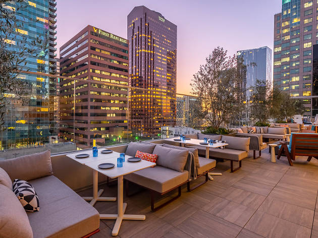 DTLA's new Wayfarer Hotel sports a rooftop bar and a cook-it-yourself restaurant