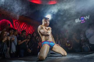 Blow bar es uno de los nuevos antros y bares gay de la cdmx