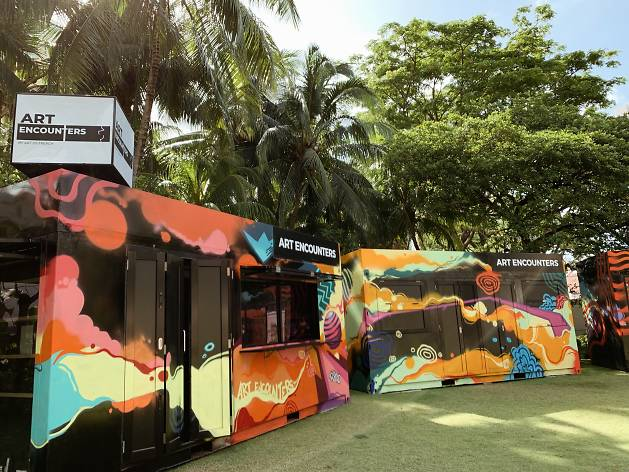 Art Encounters: From Gelam to Glam