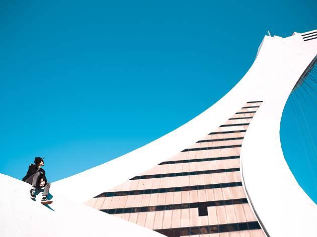 """La Tour de Montréal (Parc olympique de Montréal) (Photo: """"Entre ciel et terre"""")"""