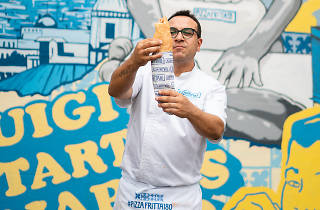 Luigi Esposito outside Pizza Fritta