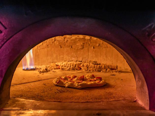 Nueva pizzería rosa millenial en la Cuauhtémo: Rut Marut