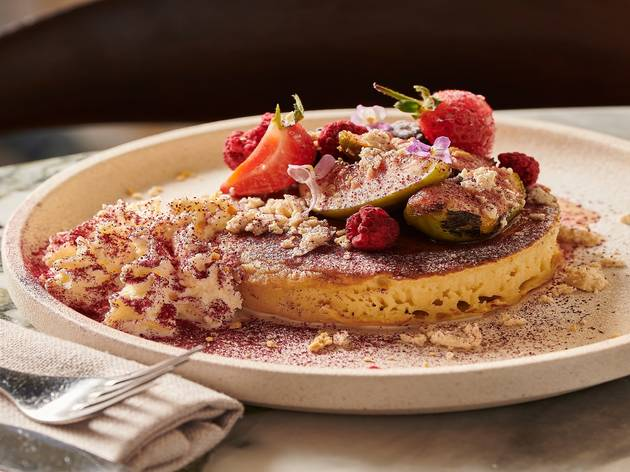 Fig pancakes at Tayim