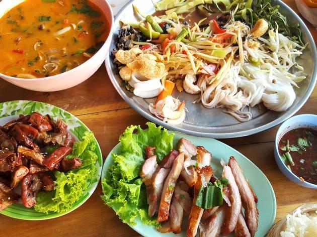 Thai food-unsplash-09032020