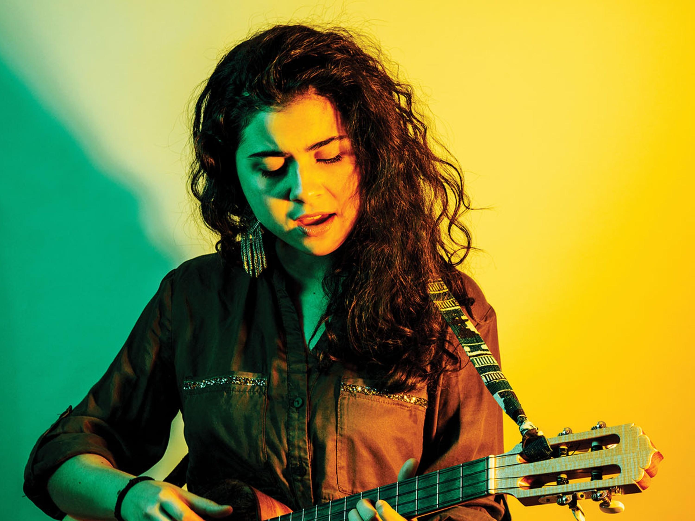Silvana Estrada en el Vive Latino
