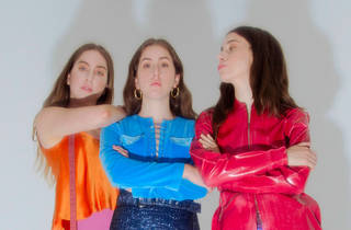 HAIM is playing pop-up shows inside delis across America