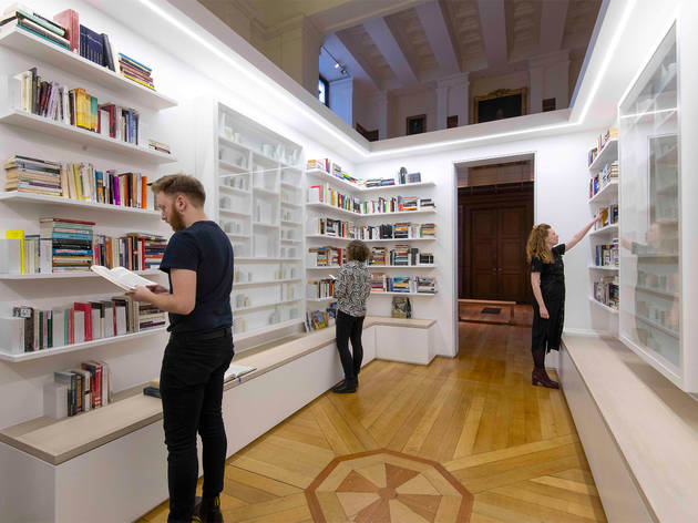 Edmund de Waal: Library of Exile review