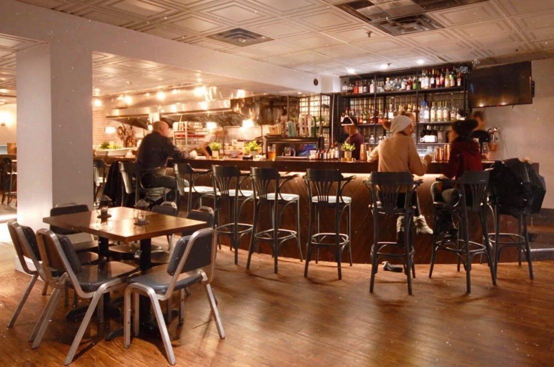 Bowhead Pub