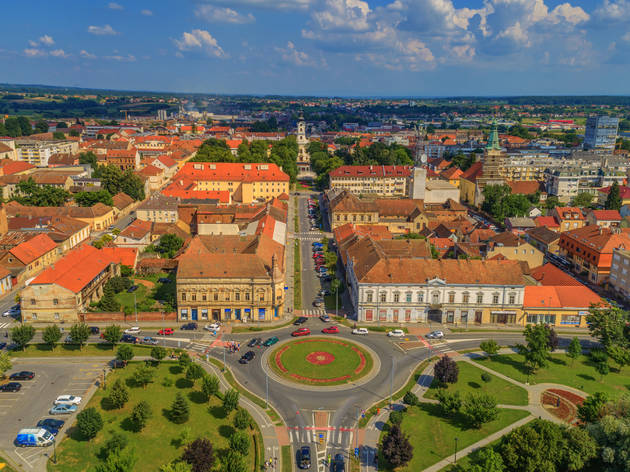 Vladimir Nazor Street, Bjelovar city's garden-surrounded main avenue