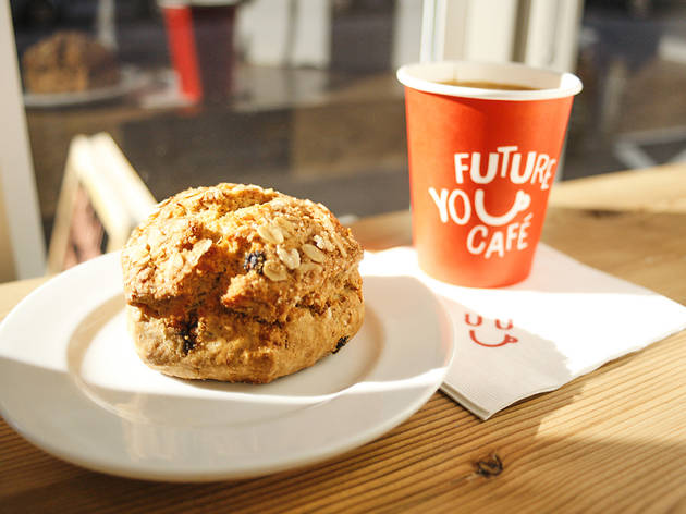 (Oat Currant Scone)