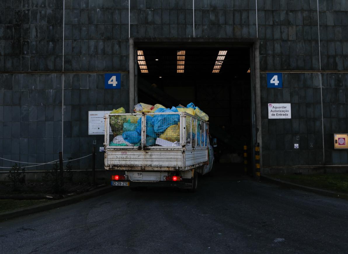 Covid-19: O que mudou no tratamento do lixo e na reciclagem?