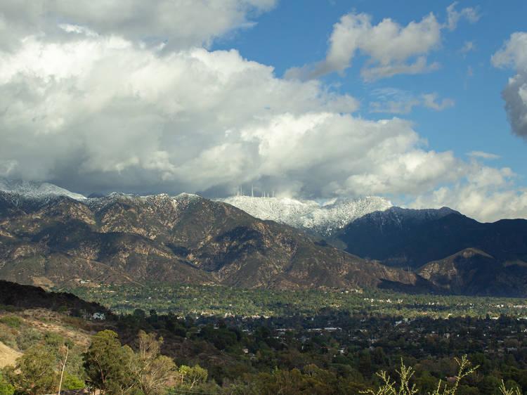 Linda Vista through the Arroyo Seco