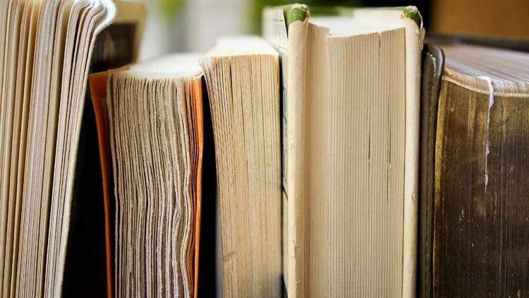 A biblioteca entrega os livros em casa
