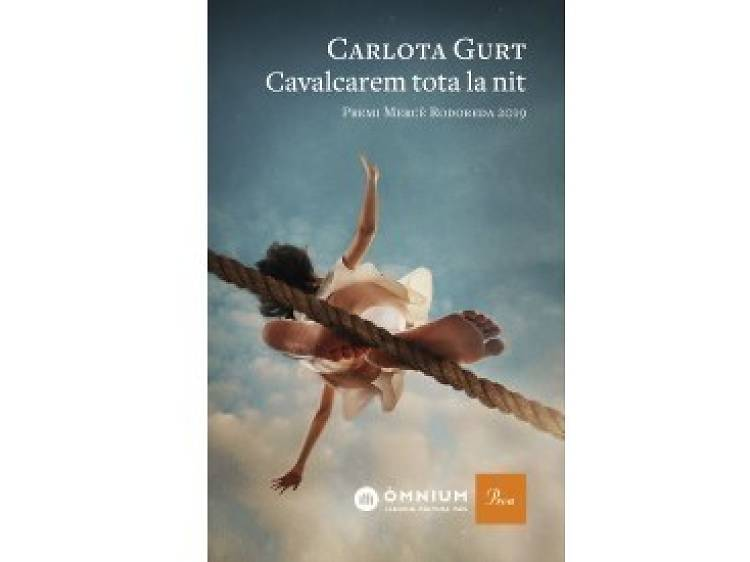 Carlota Gurt lee 'Cavalcarem tota la nit'