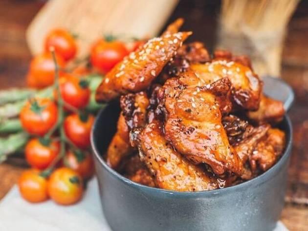 Spize Bedok, Sriracha and honey-glazed chicken wings