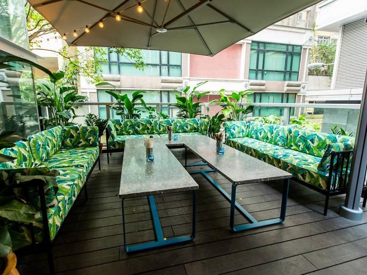 The best hidden terrace dining spots in Hong Kong